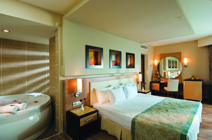 Long Beach Resort Hotel & Spa Deluxe